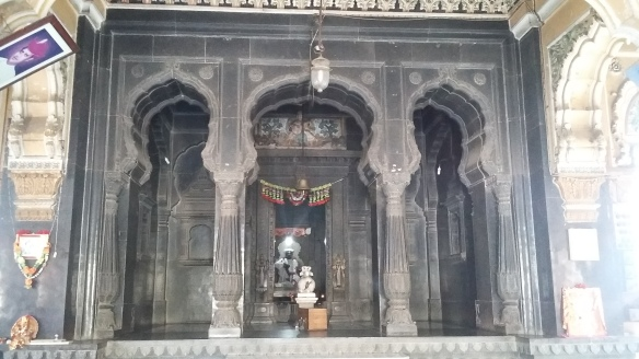 shiva-temple_inside